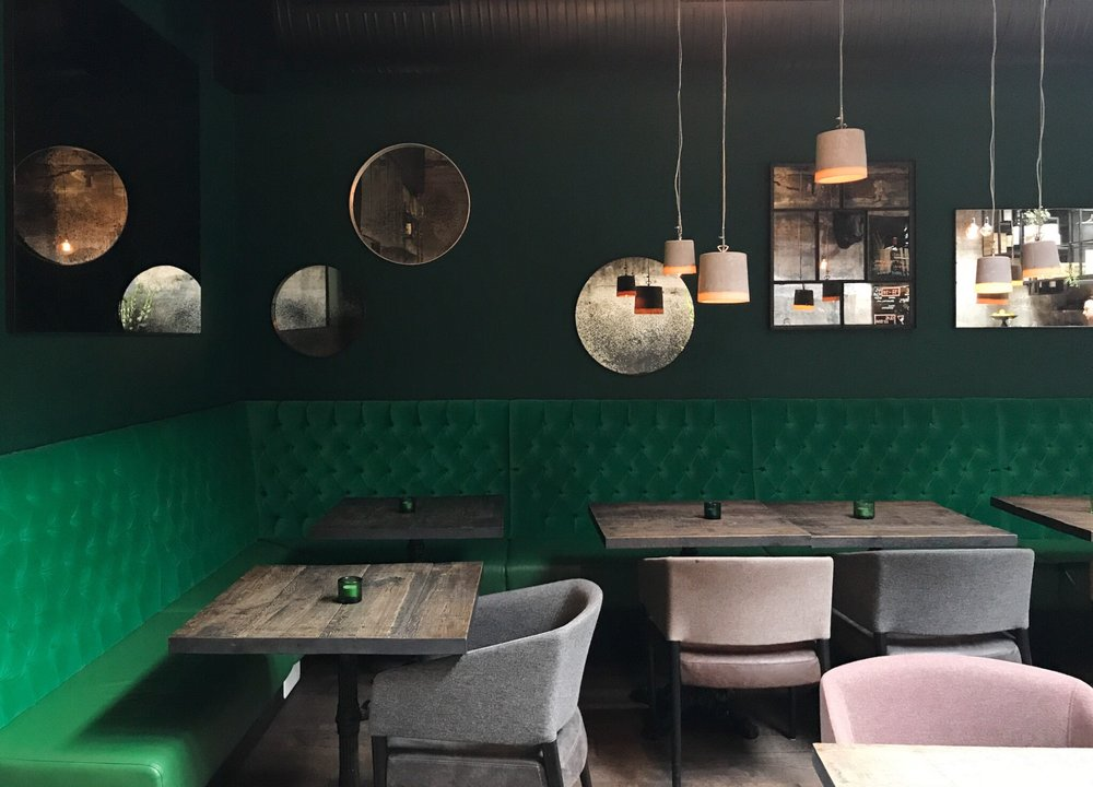 port9-reykjavik-restaurant-coffee-greensofa