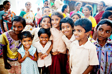 Helping Invisible Girl in India: donate here!