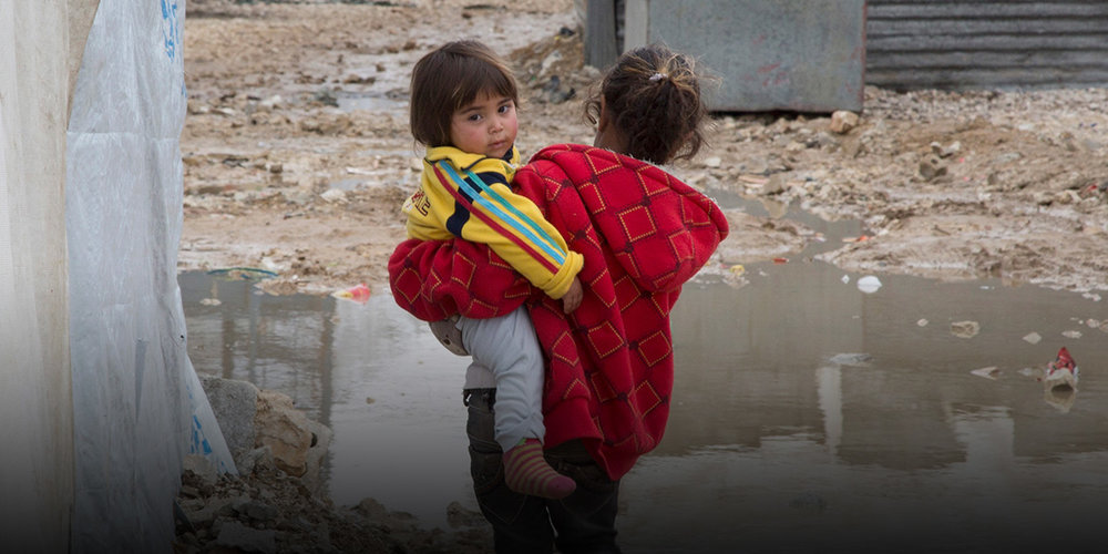 Help families that are forced to flee their homes: donate here!