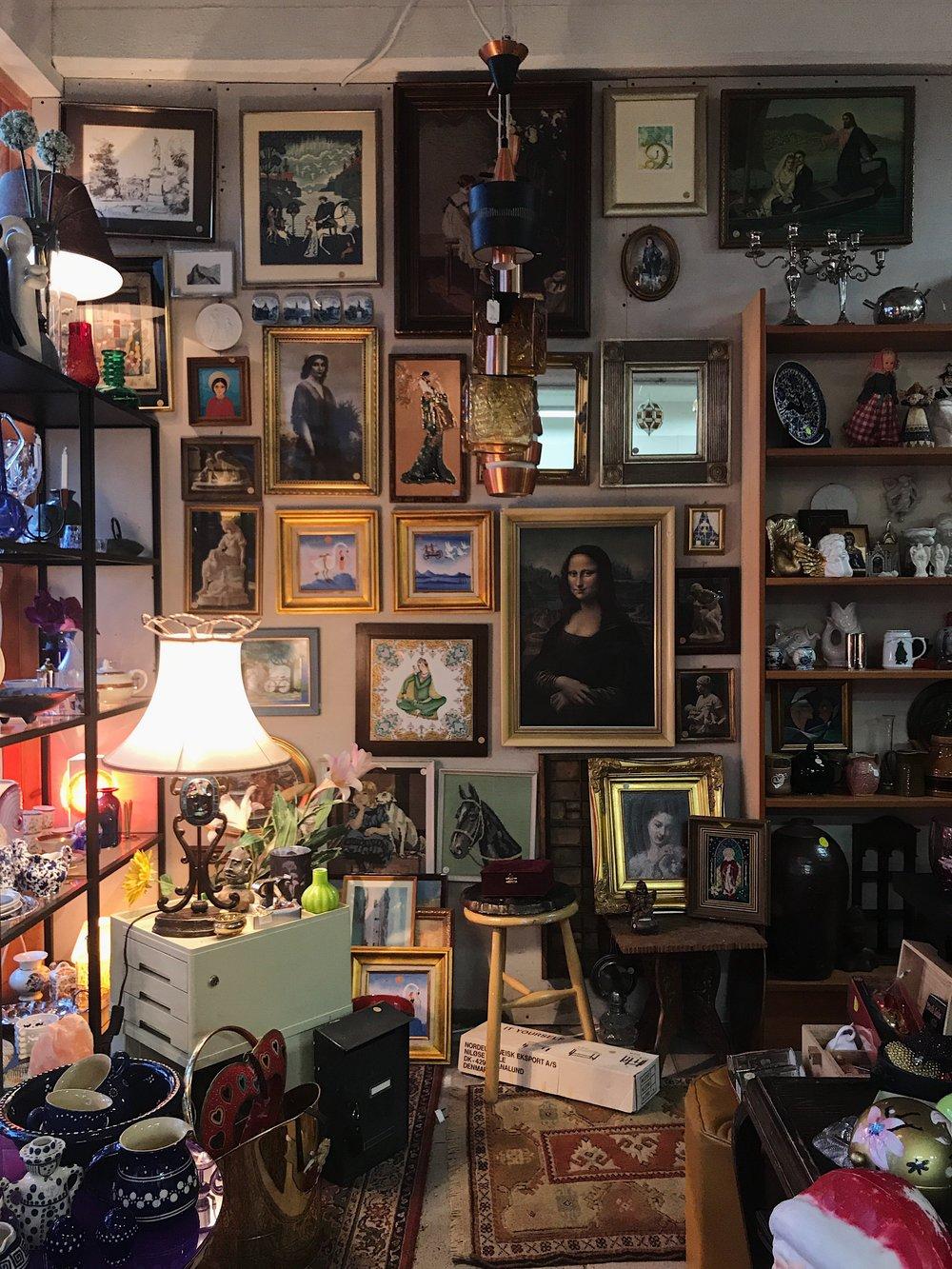 Portið-secondhand-vintage-loppefund