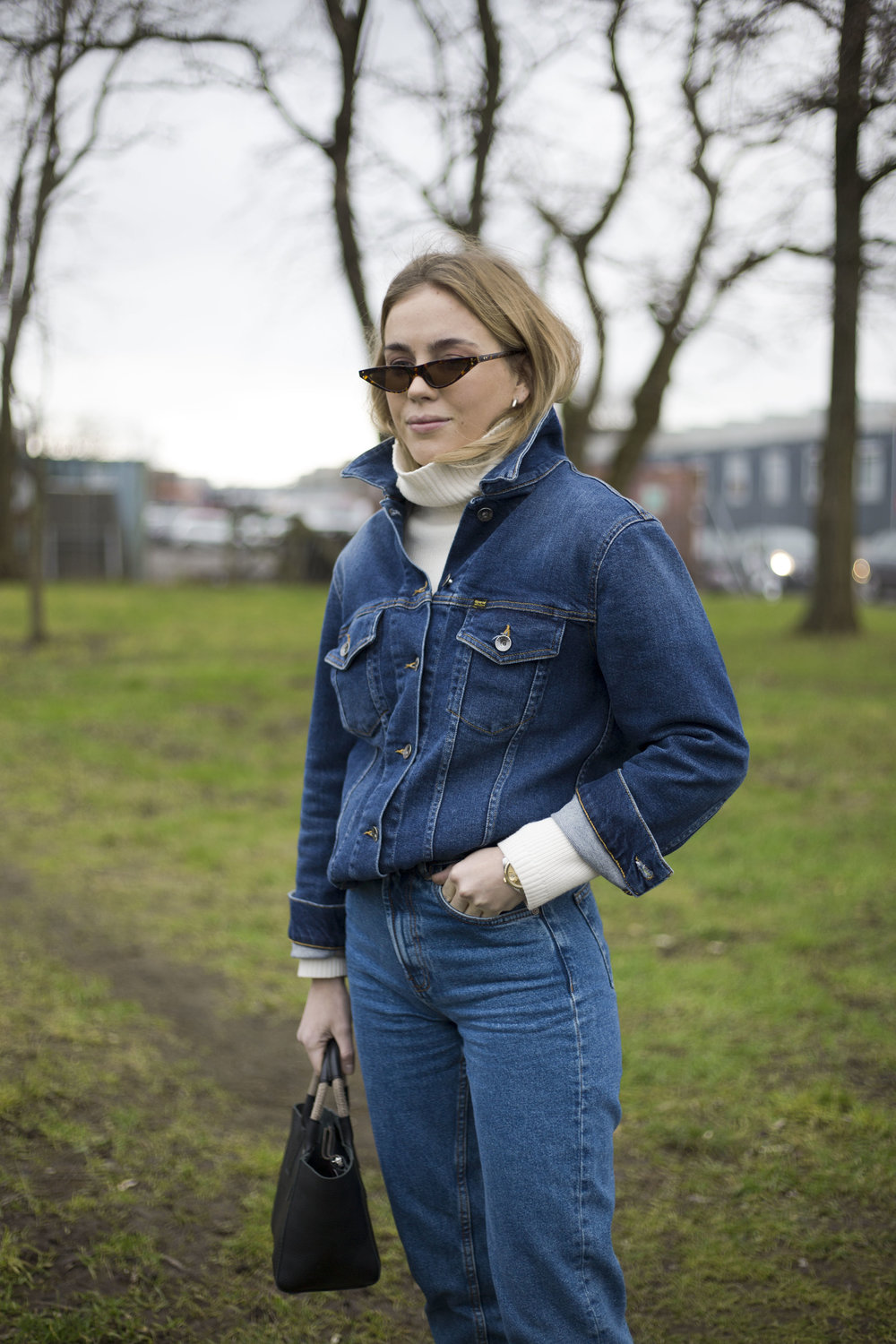 matrix-grasses-denim-thestreetland-streetstyle-scandinavia-copenhagen-fashion-week-aw18-Street-Style-Fashion-Photography