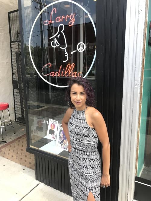 Adriana . stylist