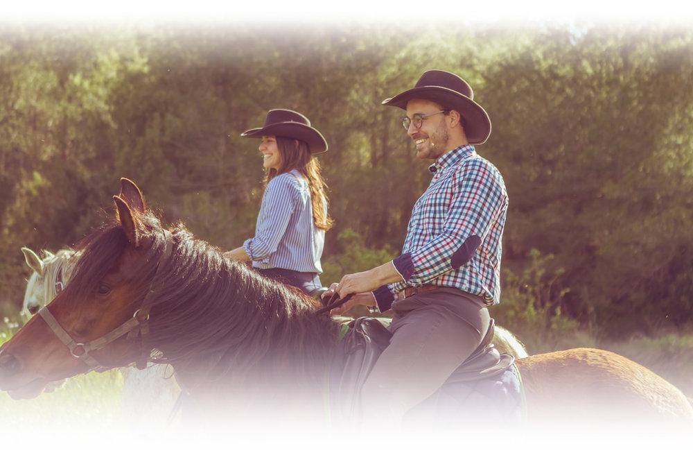 Actividades al aire libre e interacción natural con caballos en Barcelona - Experiencias de ocio y bienestar en plena naturaleza