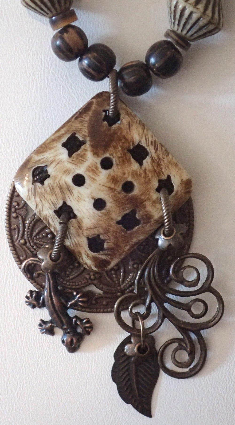 copper gecko pendant.jpg