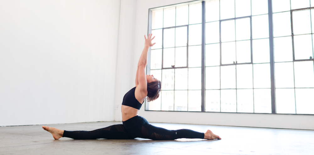 Practice your splits in this fun, dynamic 15-minute flow!