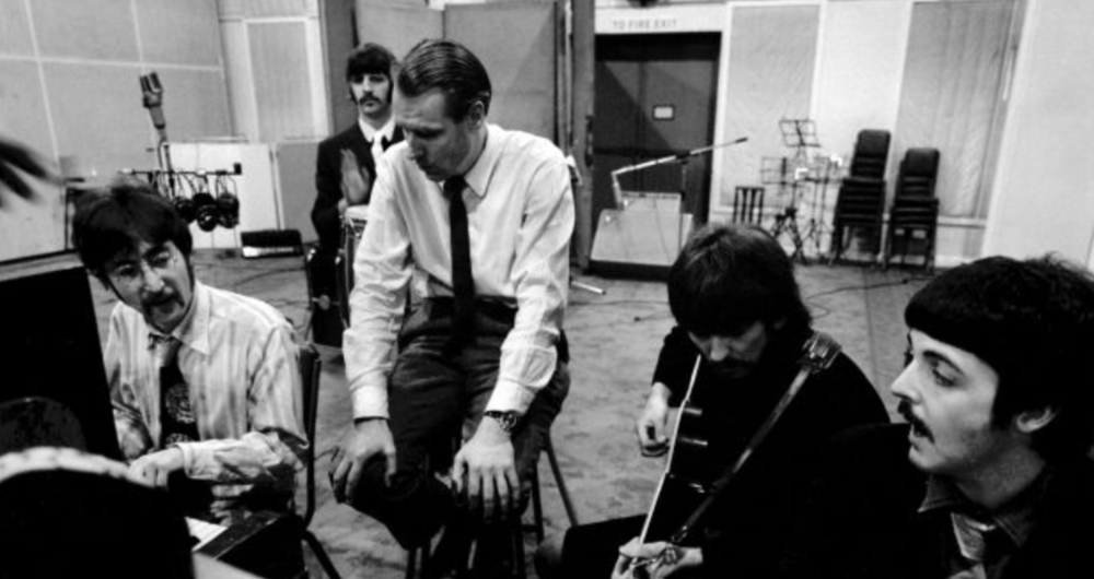 Always somewhat on the periphery,Ringo has recalled how,during the recording of Sergeant Pepper, he became very good at chess.