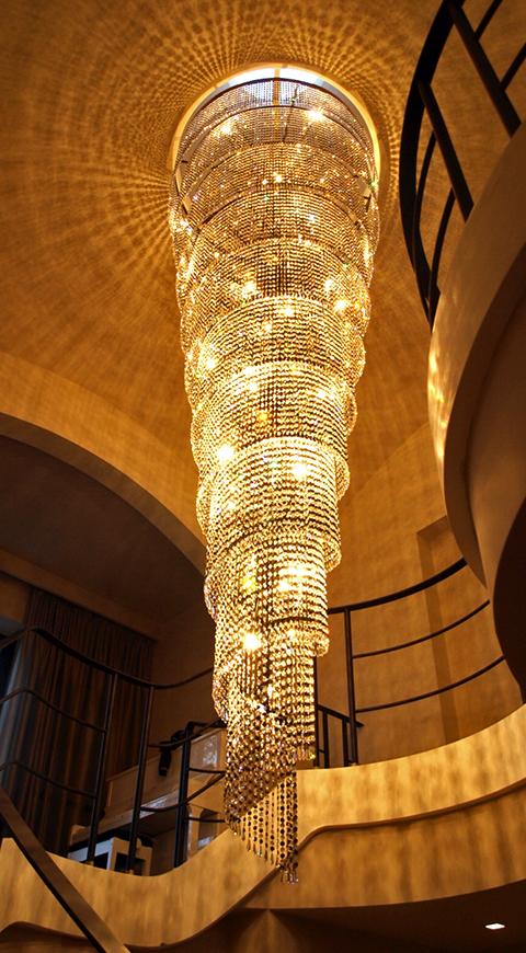 spiral-chandelier-in-belgium-wranovsky.png