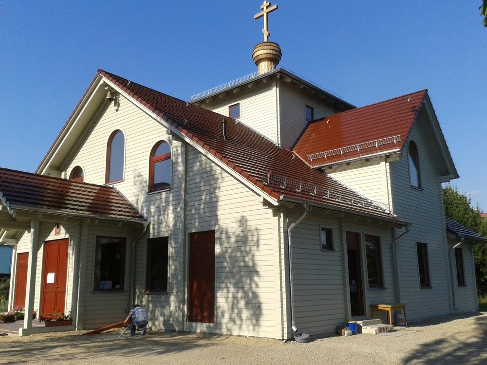 lustr-kostel-berlin-2.jpg