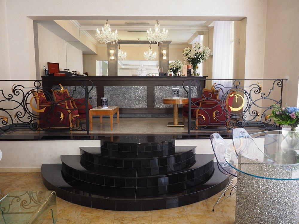 Wranovsky crystal, hotel Caruso  (10).jpg