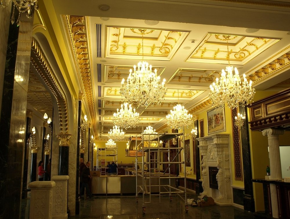 Wranovsky-RajeckeTeplice-Hallways-1-min.jpeg