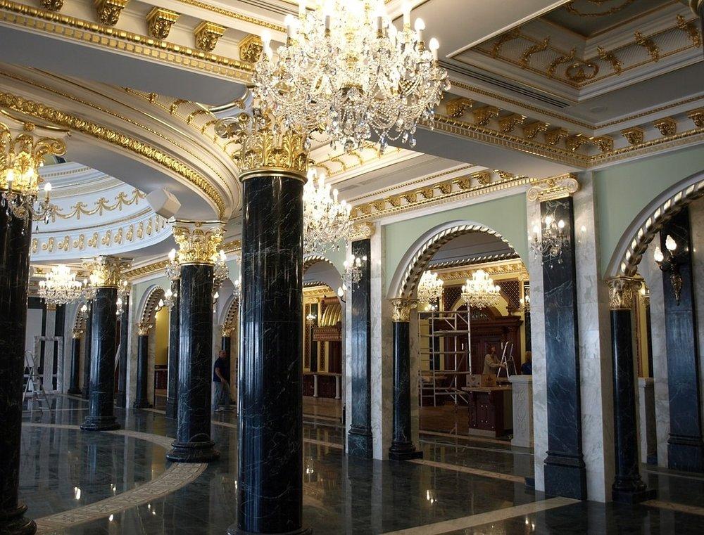 Wranovsky-RajeckeTeplice-Hallways-3-min.jpeg