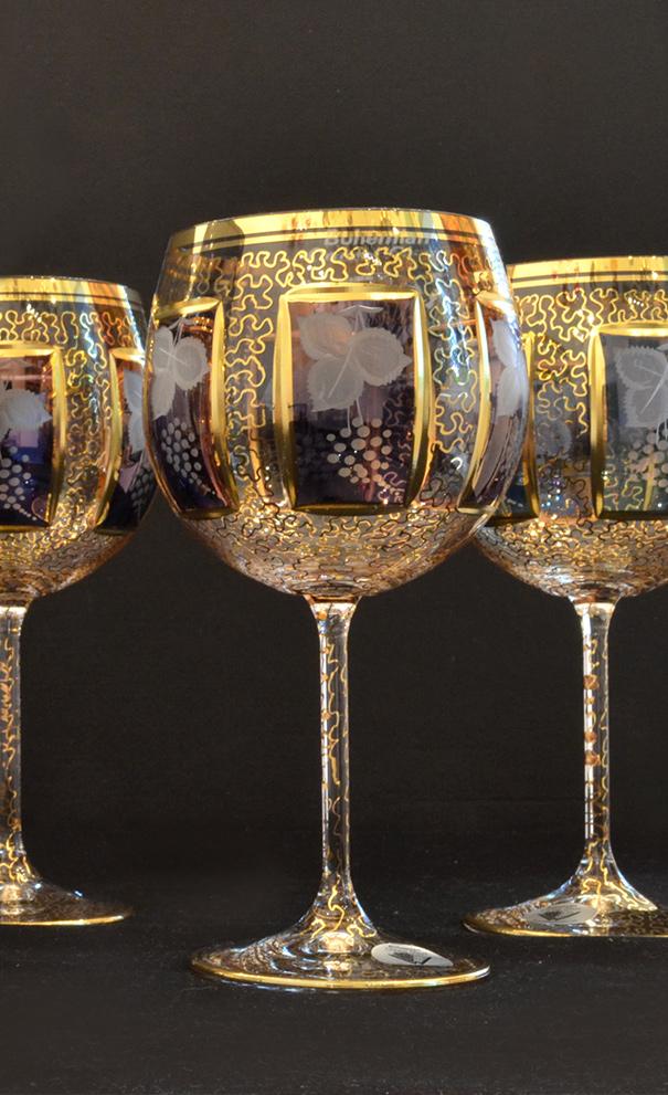 wranovsky-glass-royal-family.jpg