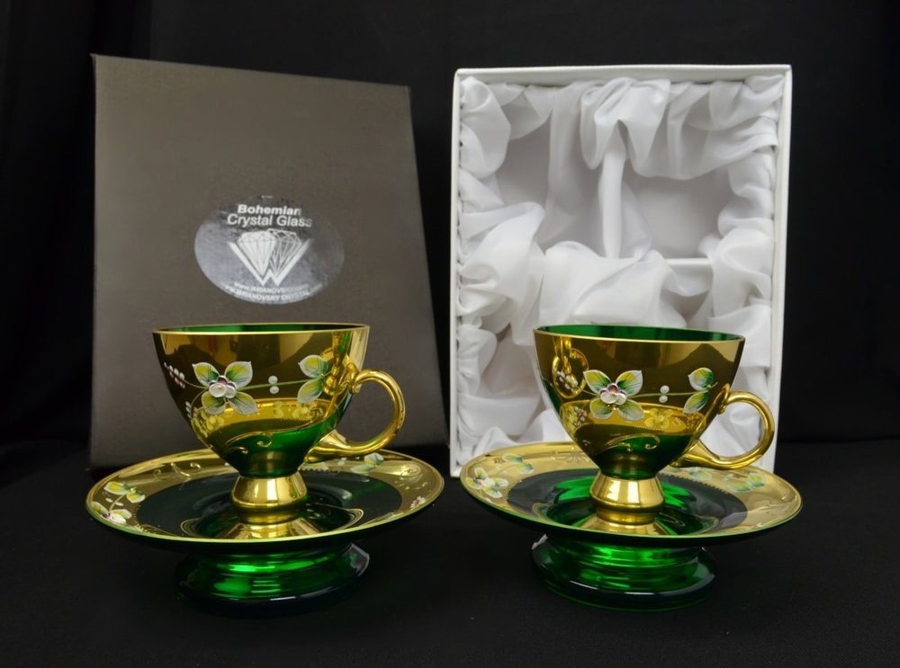 Decorative set of 2 cups