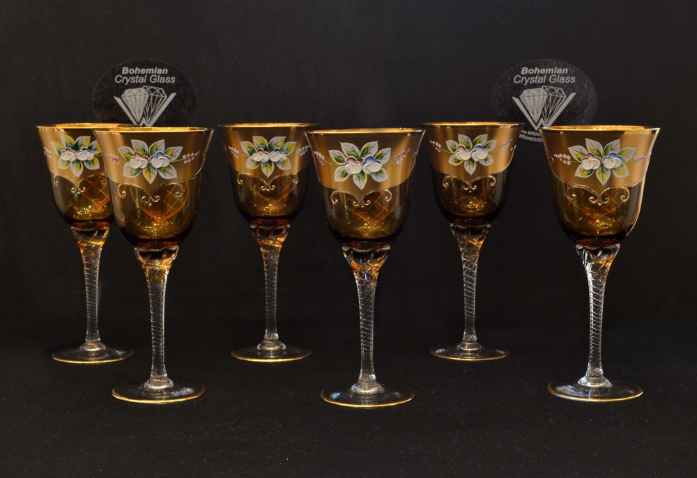 Crystal wine glasses - set of 6 pieces