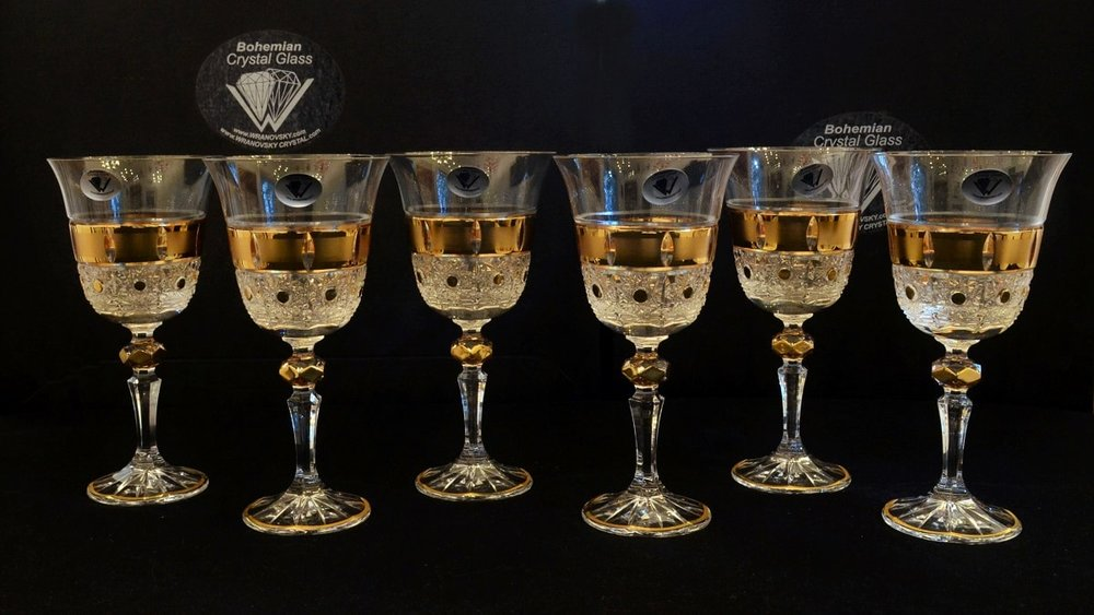 Richly cut crystal wine glasses - set of 6 pieces