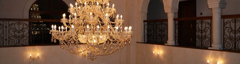 Large & Oversized Chandeliers -
