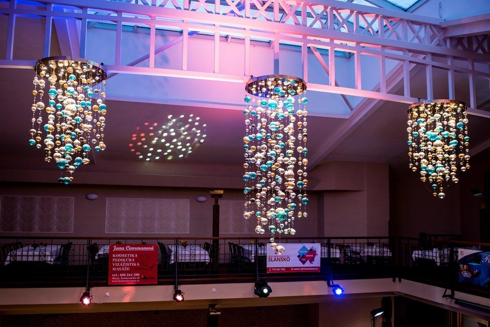 modern-crystal-chandelier-wranovsky-5.jpg