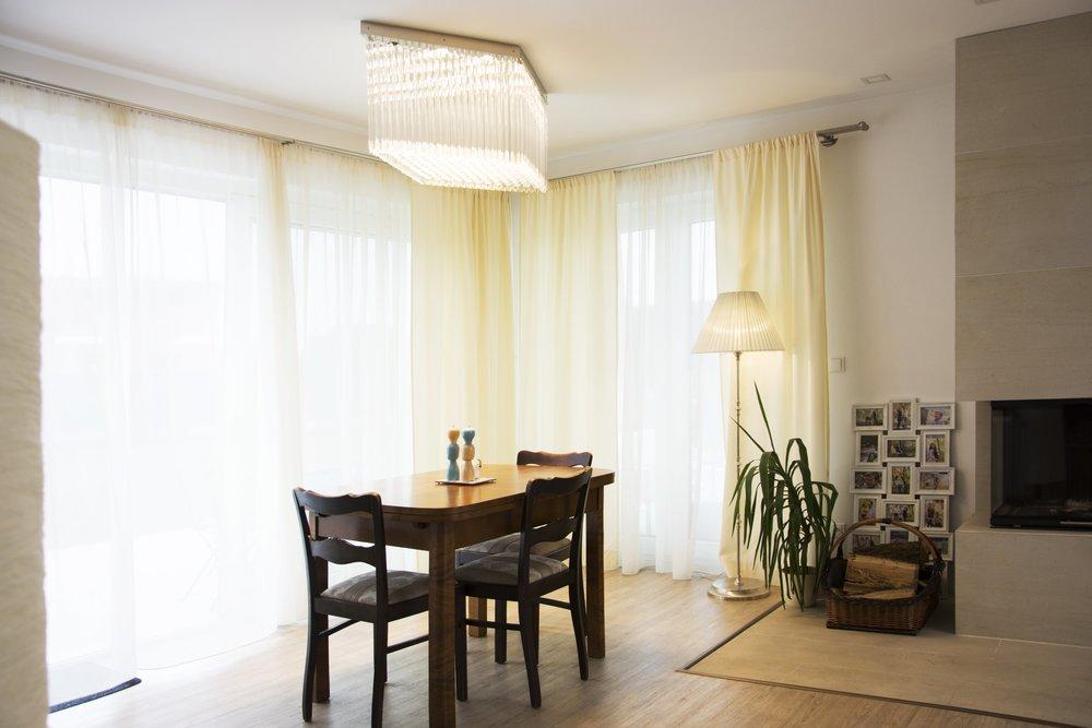 wranovsky_private_villa_chandelier_16.jpg