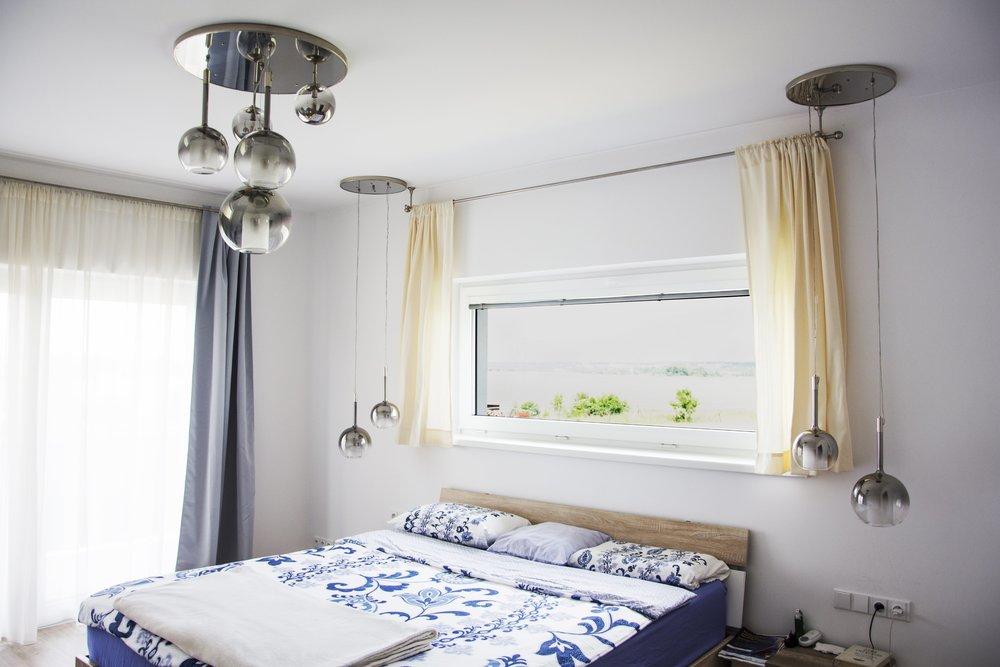 wranovsky_private_villa_chandelier_20.jpg