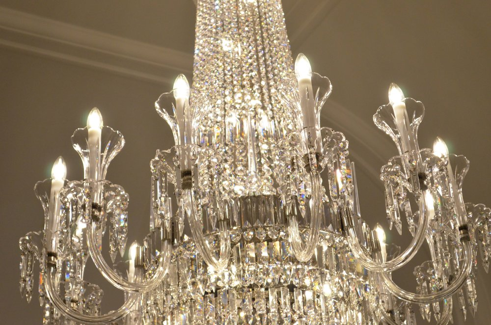 crystal-chandelier-old-sessions-house-london-11.JPG