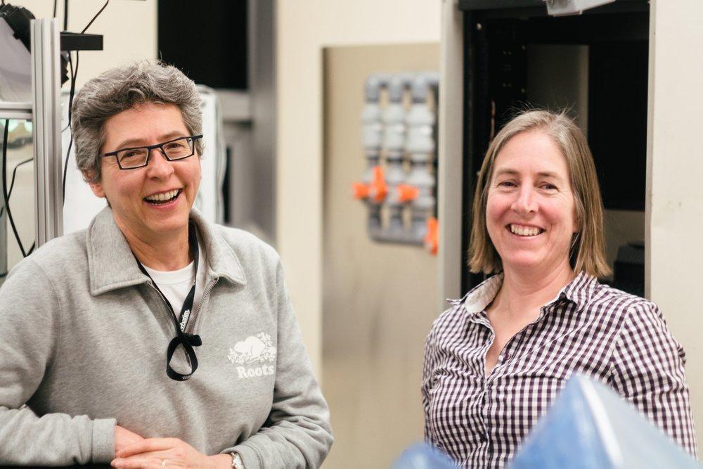 Rechercheurs Sous le Microscope - Conversations approfondies avec les scientifiques, chercheurs et professeurs de renom ici à l'Université d'Ottawa.
