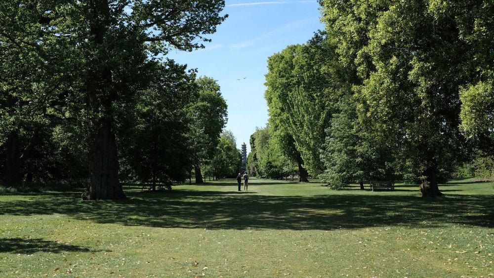 Kew_Gardens_1.jpg