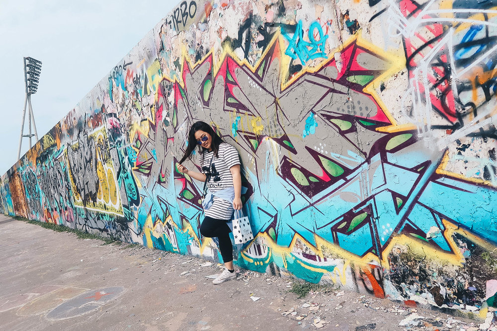 graffiti mauerpark berlin germany ootd misscamco