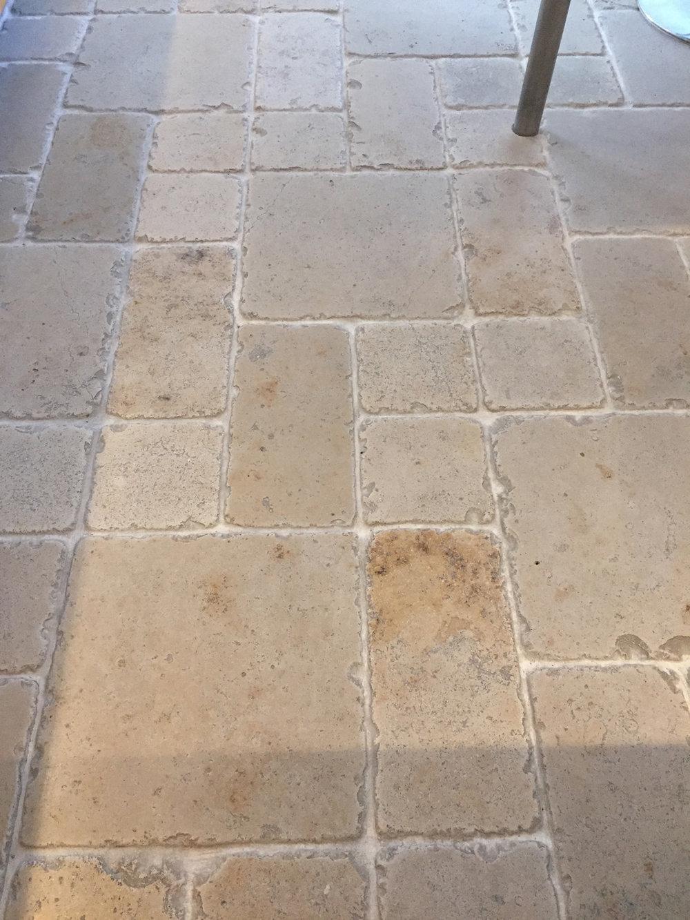 109no. 390x190x13mm & 160no. 190x190x13mm tumbled Jura tiles - €650