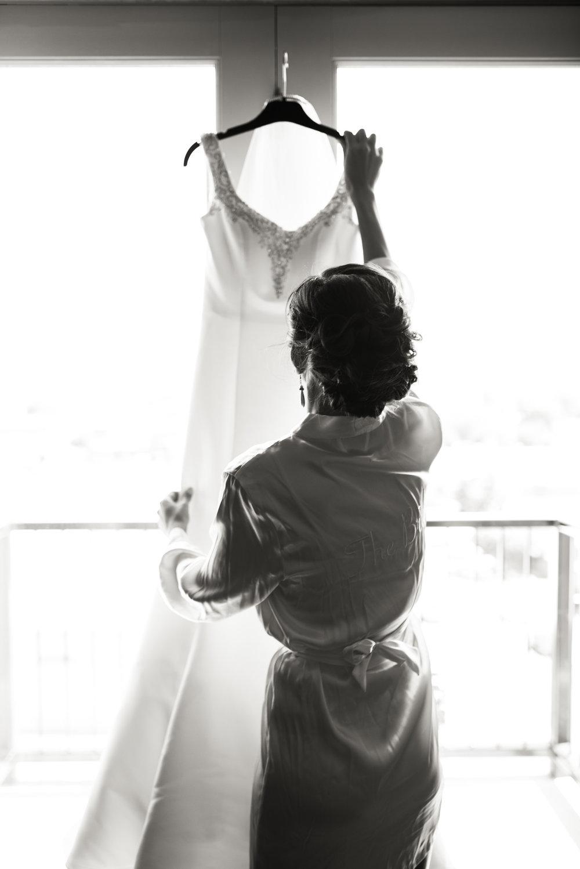 Boise Wedding Photographer // Idaho engagement photographer // PNW Engagement // Wedding // Idaho bride // getting ready photos // wedding dress photos // air force wedding // elegant wedding dress // open back wedding dress // boise basque center // catholic wedding // traditional wedding // church wedding // party reception // wedding reception dancing // simple wedding ideas // large group posing // getting ready wedding // inn at 500 boise // boise couples photographer // SS Photography & Design // Sadie Shirts