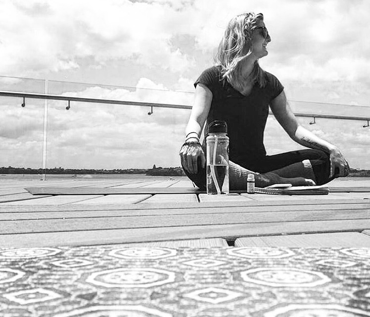 Ayla Thomas - Yoga