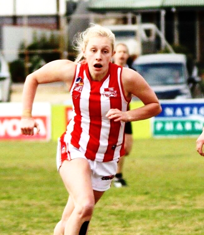 HOLLY AISTON  is a 21 year old Exercise physiology student, and hopes to one day open her own clinic and help others with knee and other injuries. She is a sports fanatic, and especially loves AFL football.