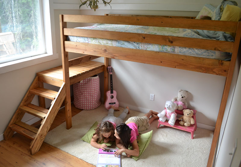 Ana White's Camp Loft bed with Stair, Junior Height (Image from her website)