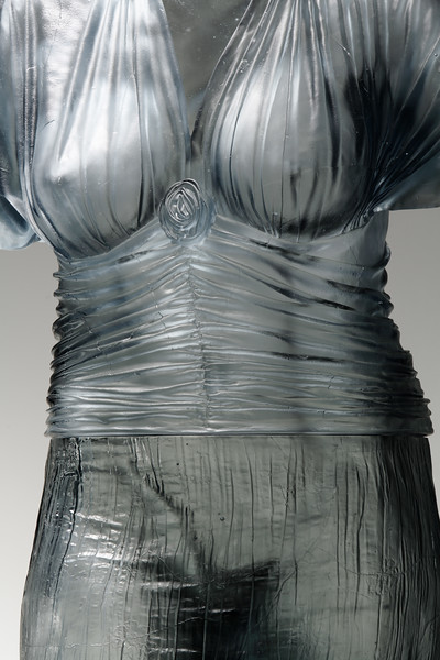 Nocturne-Life-Size-Cast-Glass-Figurative-Art-05-Absent-Nude-L.jpg