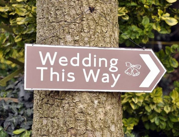 Tin Wedding This Way Arrow