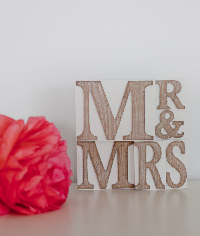 Mr & Mrs Sign - Sml