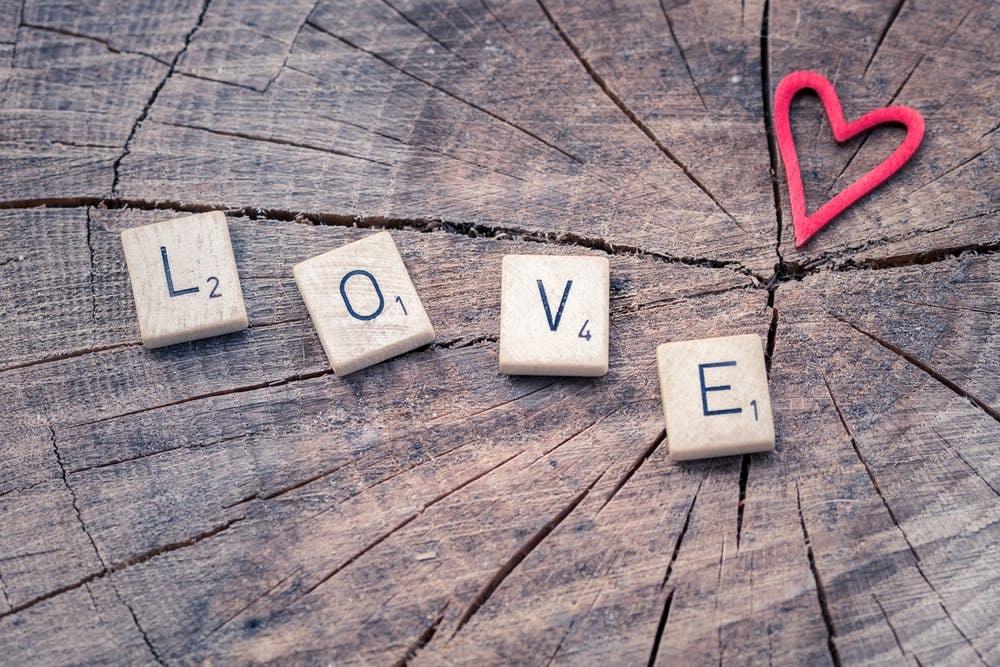 Romance Editor