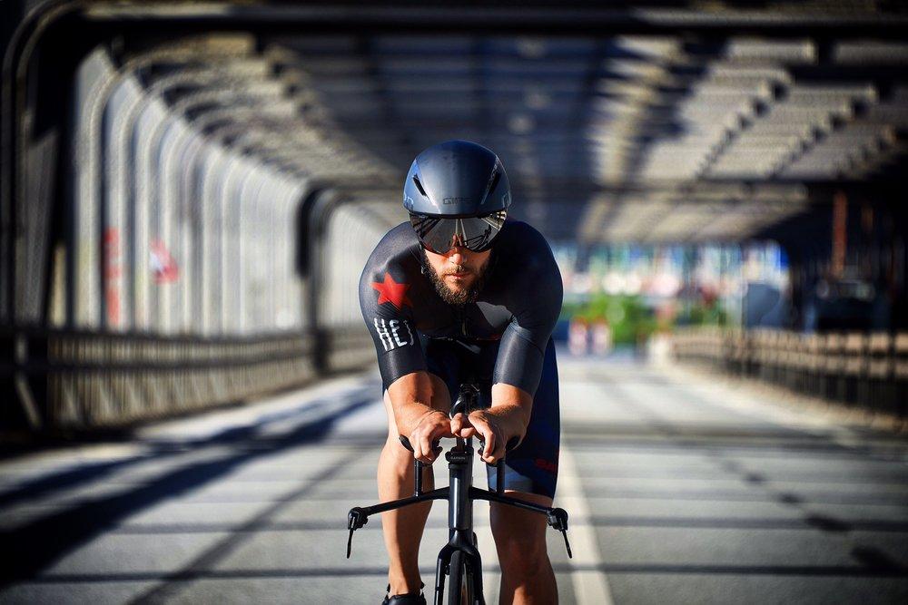 Alex Lobeda  Triathlon seit 2014  verbesserte IM PB von 10:30 auf 9:39 dieses Jahr