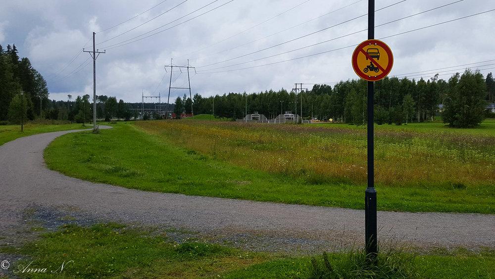 Kävelytiellä, Mäntsälä.jpg