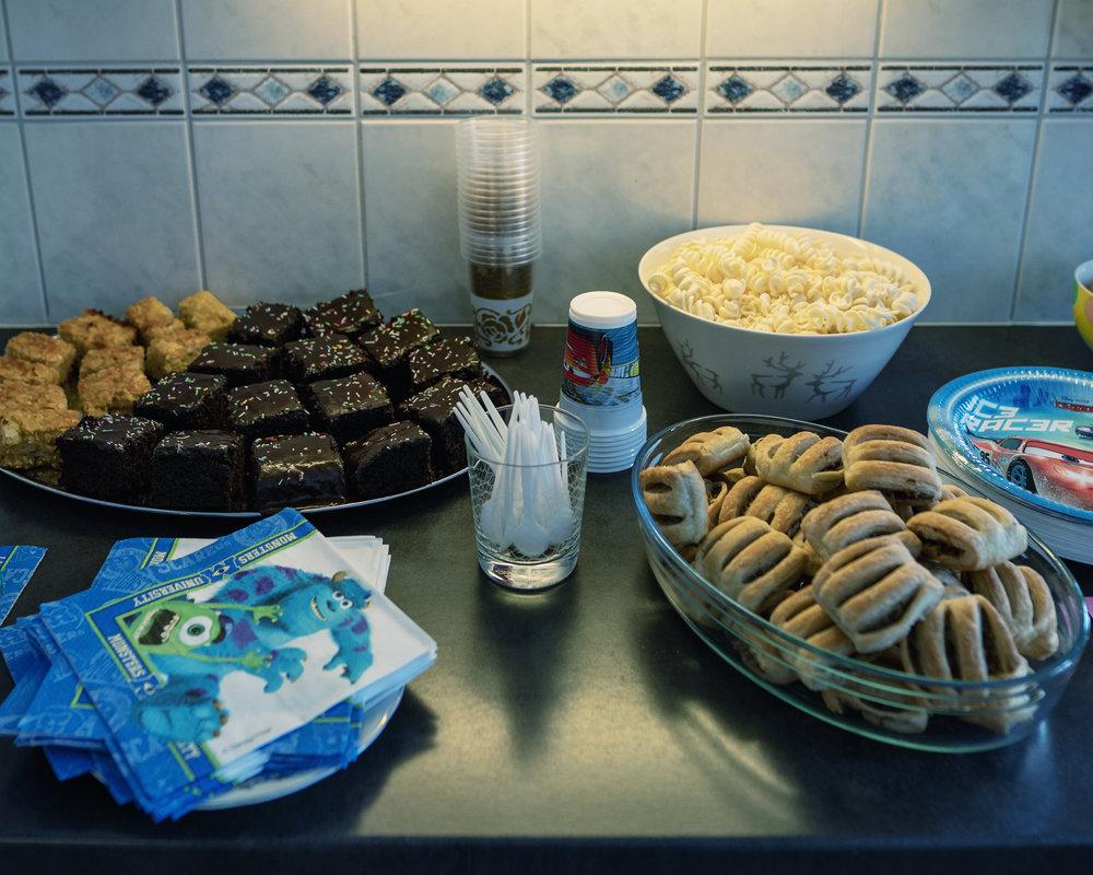 Vegaoo.fi:stä juhlatarvikkeita, kukkahattuaiti.com-2.jpg