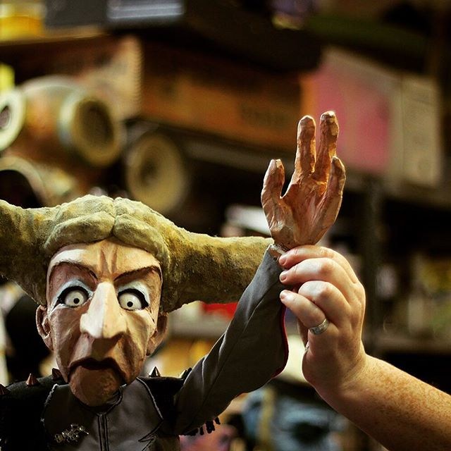 It has been an amazing 10 days at Bristol Festival of Puppetry!  We want to say a big THANK YOU to all the artists, organizations, collaborators, visitors, and volunteers who made this all possible!  The puppet in the photo is created by the wonderful #GreenGinger.  See you all soon again!  Don't forget to follow us @puppetplace  #BFP17 #puppetry #bristol #tobaccofactorytheatres #watershed #puppetplace #ACEsupported #culturematters #NationalLottery #puppetry #summerinbristol #culture #theatre #festival  Photo © Marika Aakala, puppet by Green Ginger