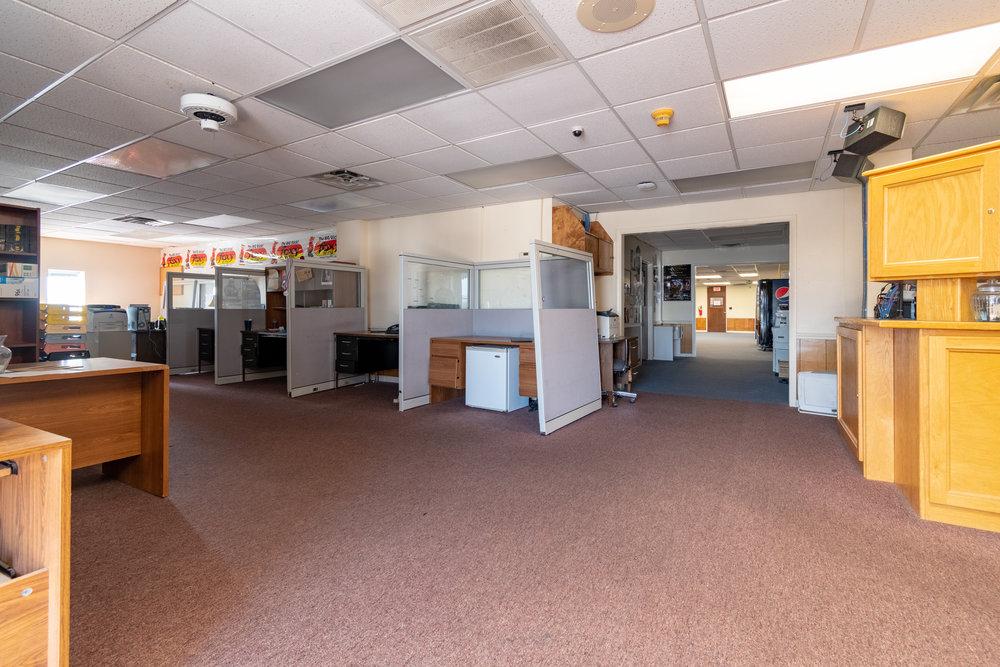 Interior (2 of 18).jpg