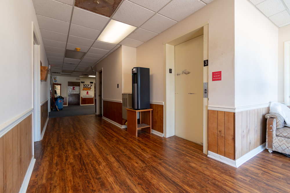 Interior (3 of 18).jpg