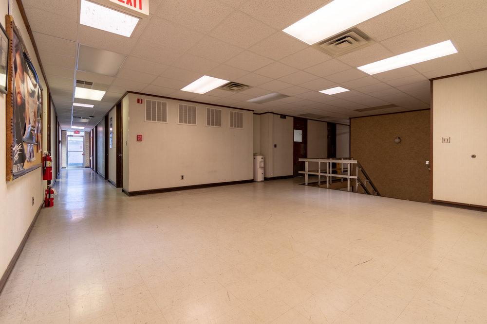 Interior (5 of 18).jpg