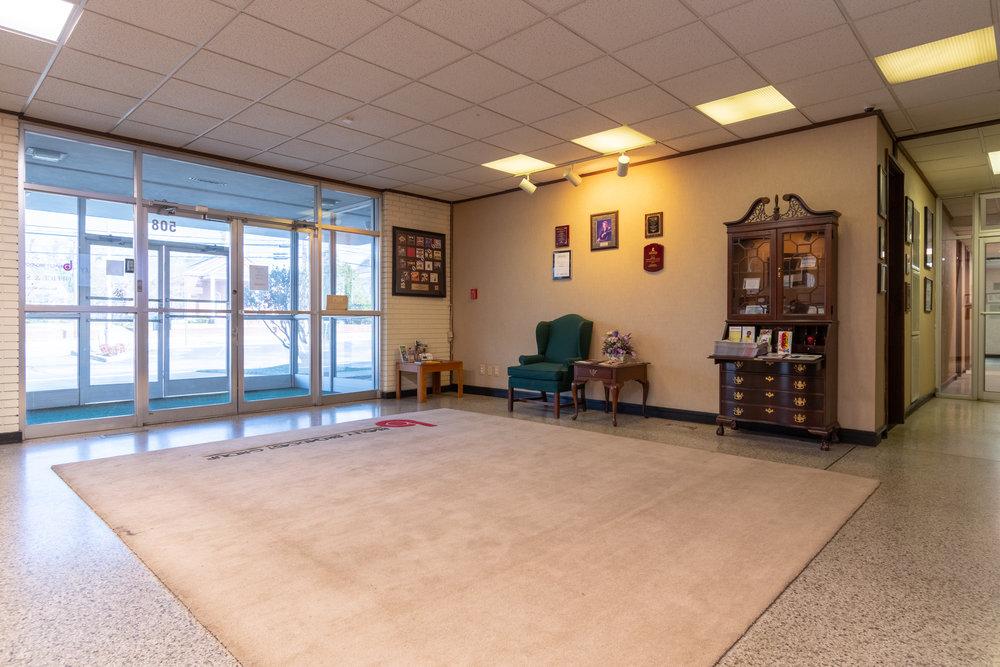 Interior (15 of 18).jpg