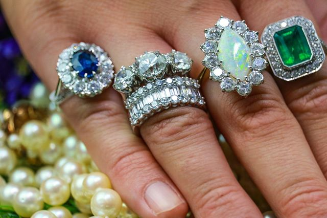 Diamonds galore for the gorgeous April birthstone! . . . #birmingham #thisisbham #birminghamlife #jewellers #jewellery #rings #bracelets #necklace #diamonds #OOTD #fashion #potd #picoftheday