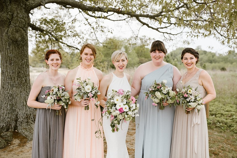 Marryland Weddings Earthy Neutrals Wedding at Chesapeake Bay Foundation Victoria Selman Photography_1012.jpg