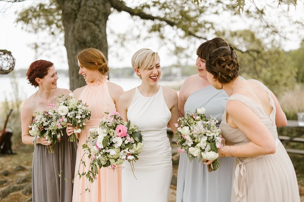 Marryland Weddings Earthy Neutrals Wedding at Chesapeake Bay Foundation Victoria Selman Photography_1013.jpg
