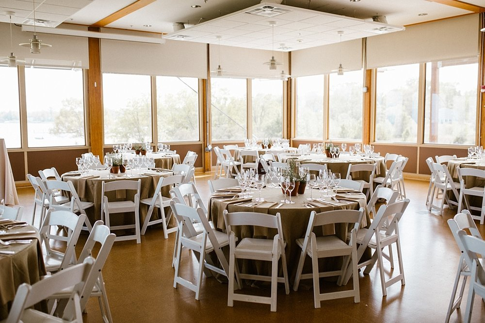 Marryland Weddings Earthy Neutrals Wedding at Chesapeake Bay Foundation Victoria Selman Photography_1029.jpg