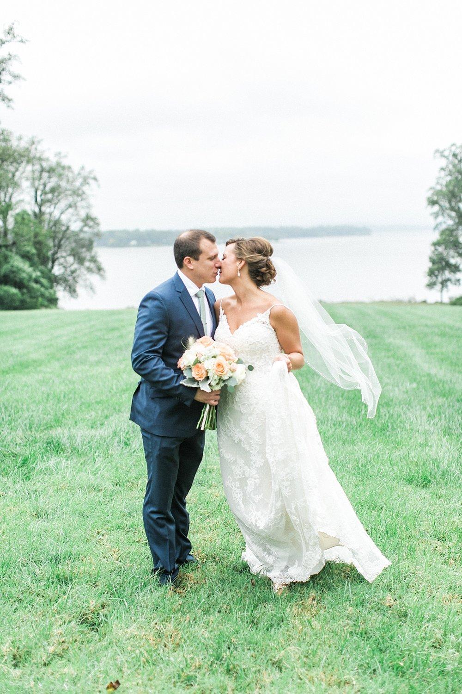 Marryland Weddings Mint and Navy Chateua Bu-De Bohemia Manor Farm Wedding Brittany Thomas Photography_1053.jpg