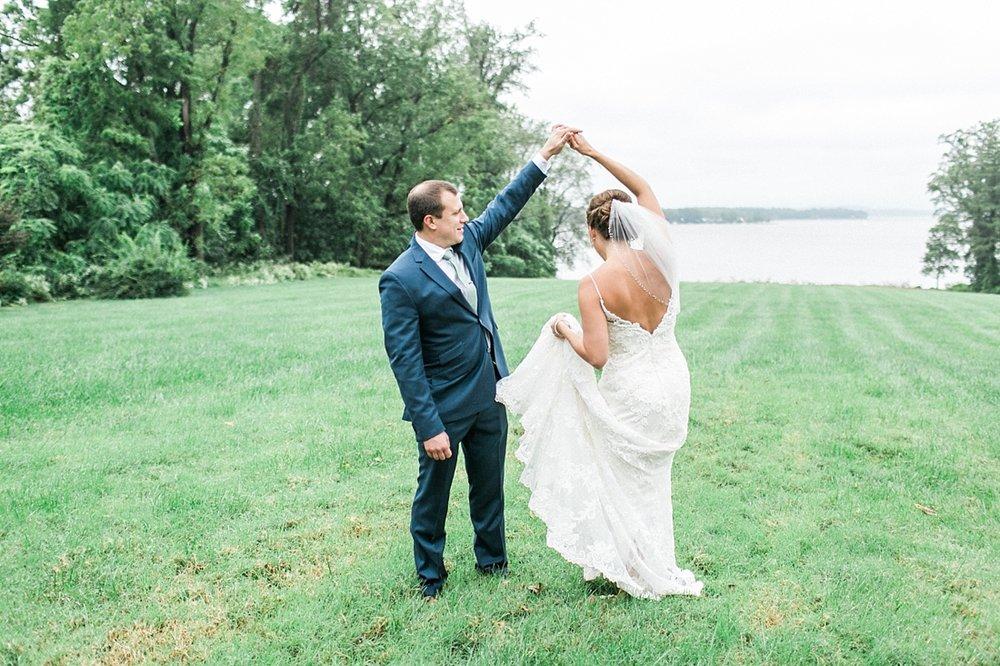 Marryland Weddings Mint and Navy Chateua Bu-De Bohemia Manor Farm Wedding Brittany Thomas Photography_1061.jpg